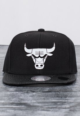 Snap Mitchell & Ness NBA Ultimate Chicago Bulls czarny