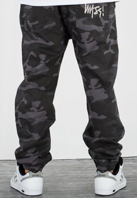 Spodnie Mass Jogger Signature Sneaker Fit black camo
