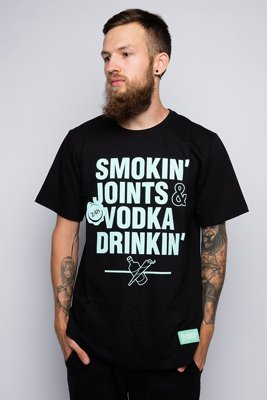 T-shirt Diamante Wear Smoking Joints & Vodka Drinkin czarny