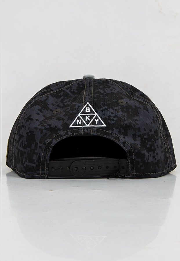 Snap Cayler & Sons The Watcher Cap camo szary