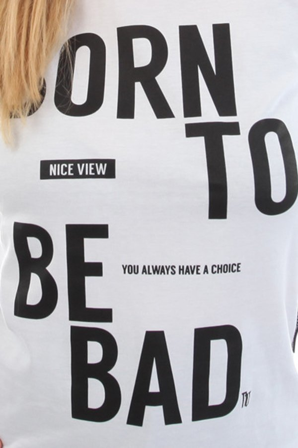 T-shirt Nice View Brand Born To Be biały